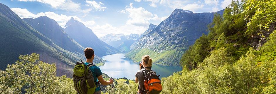 Færge til Norge? Flyv billigt med Apollo!